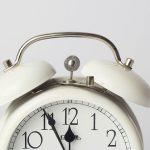 ガッテン 目覚ましでスッキリと朝起きる方法は音量を小さくすること?